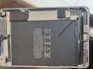 iPad mini 4 128gb (lcd missing)