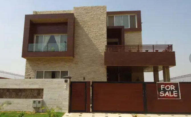 6 Bds – 6 Ba – 1 Kanal House Is Available For Sale