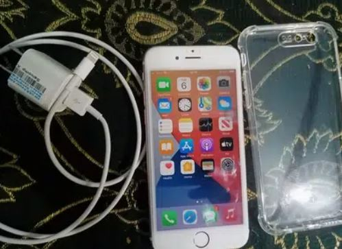 iphone 6s 64gb 10/ 10 condition