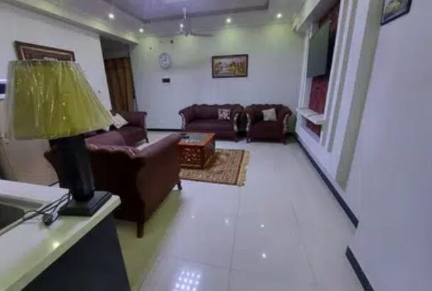 850 Square Feet DAILY BASIS!!! Well furnished safe and secure app