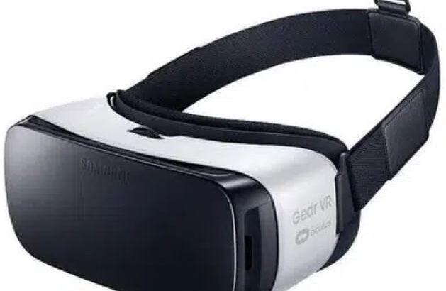 Samsung vr oculus mint condition
