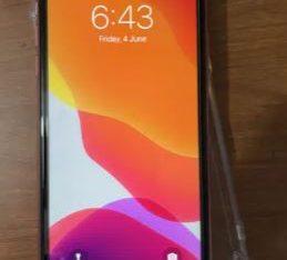 Iphone XR 128 GB – esim 2 month remaining
