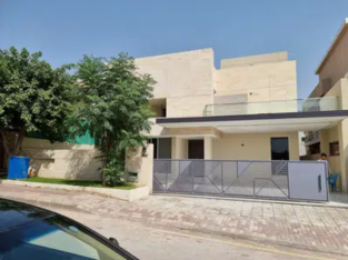 6 Bds – 6 Ba – 1 Kanal 6 Bedrooms Brand new Designer House Bahria Town