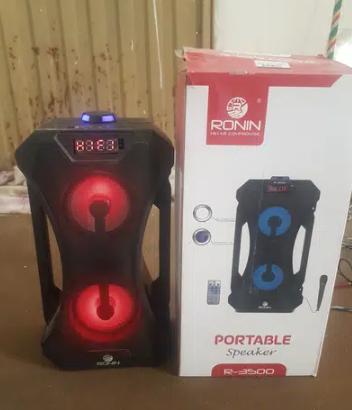 Ronin R3500 portable speaker For Sale Islamabad