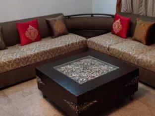 Elegant Wooden Corner Set for sale in gujrawala