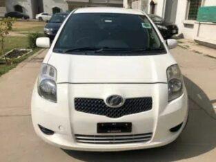 Vitz Car 2005