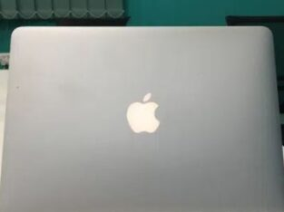Apple MacBook pro Retina display 2014 Corei5