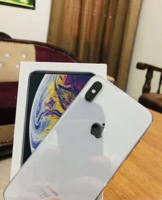 iphone xs max all accseriose ha 64 gb for sale in bhawalpur
