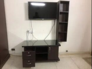 selling only wall shelf & table for sale in karachi