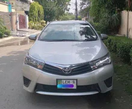 Toyota Corolla Gli Auto 2016 for sale in lahore