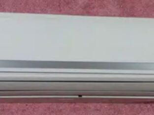 Not Inverter 1.5 tan far sale Dawlance A. C