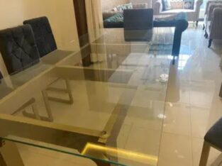 10 Seater Dining Table in Excellent Condition